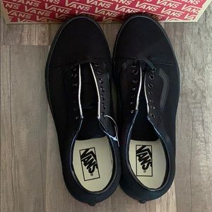 Vans Shoes - Men's Old Skool Vans